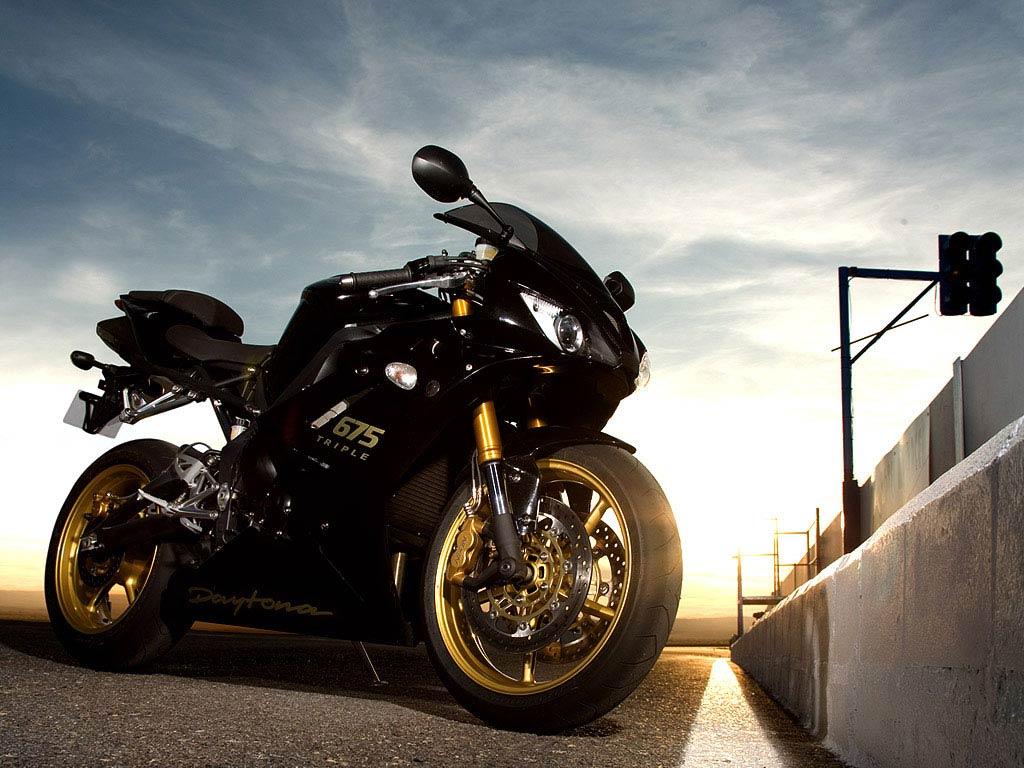 скачать картинки на рабочий стол мотоциклы № 413858 загрузить