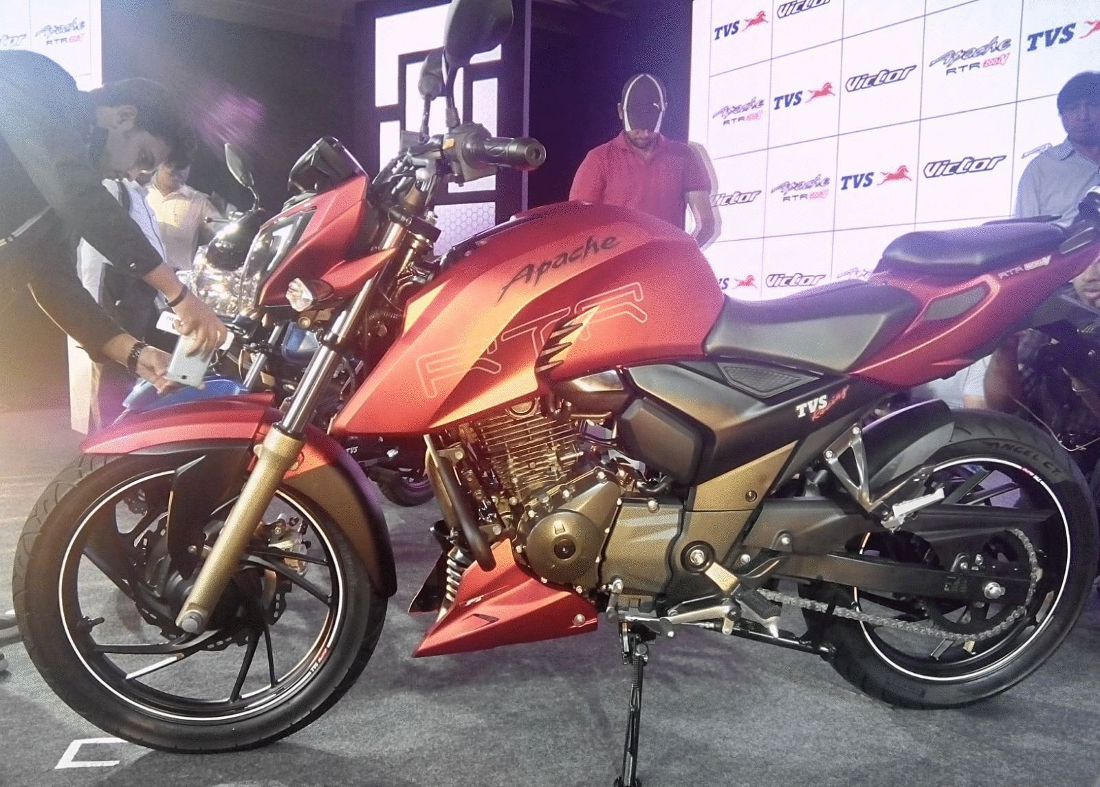 TVS Apache RTR 200 4V Is Officially Released - Motorbikes India