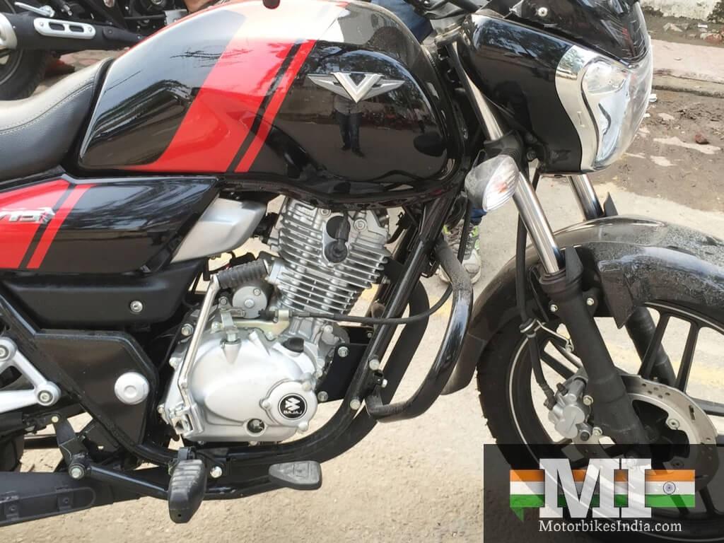 Bajaj V15 150cc engine