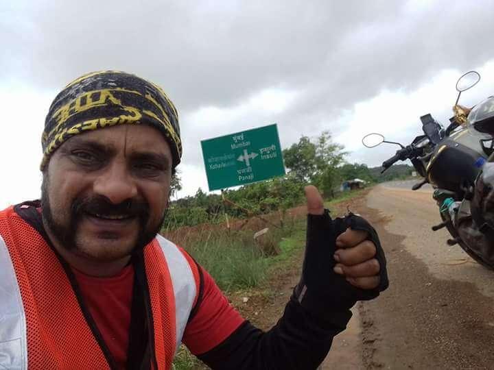 Ramaiah Chiranthana during his Four Corners of India - from Goa to Mumbai