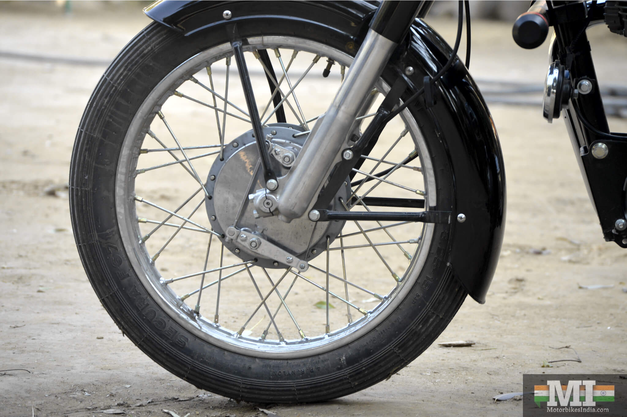 Front wheel fo Royal Enfield Bullet 350