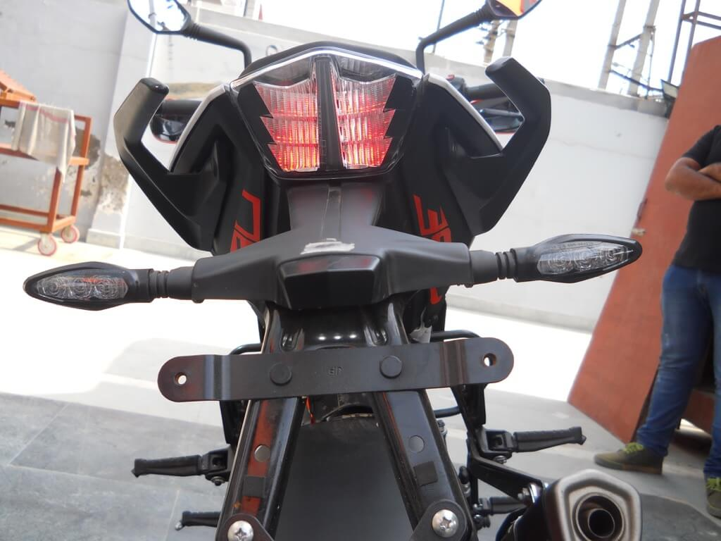 KTM Duke 390 Details Back lights