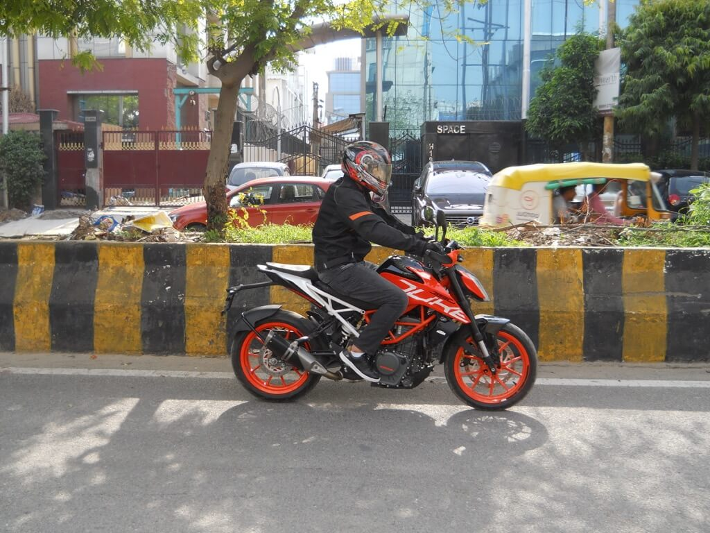 KTM Duke 390 Road Test