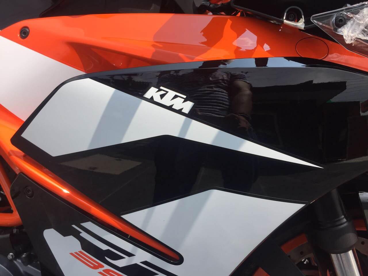 2017 Ktm Rc 390 Design Orange White Colours Logo Motorbikes India