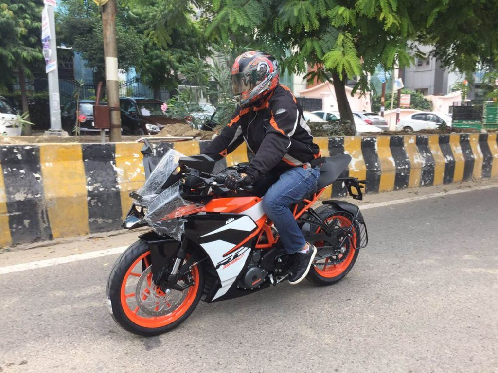 2017 KTM RC 390 - On-Road Price