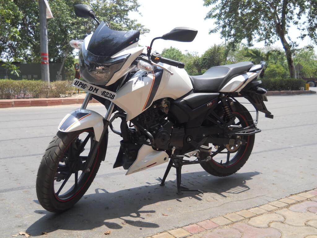 TVS Apache RTR 160 2017 Review - Motorbikes India