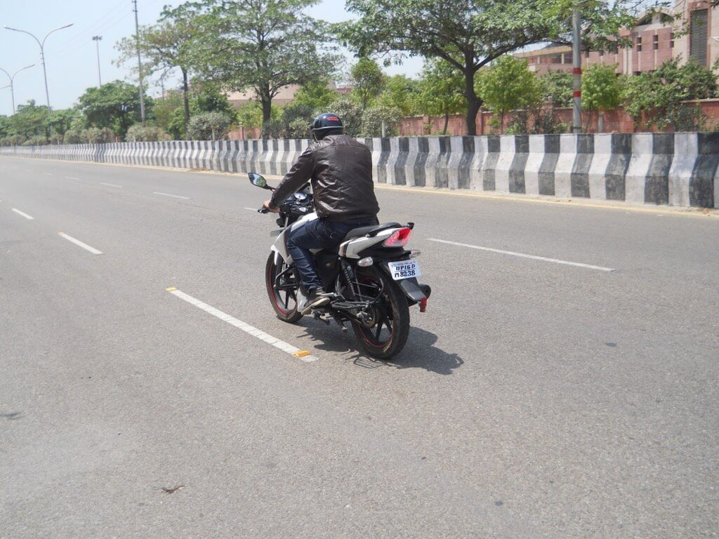 TVS Apache RTR 160 Review - Road test