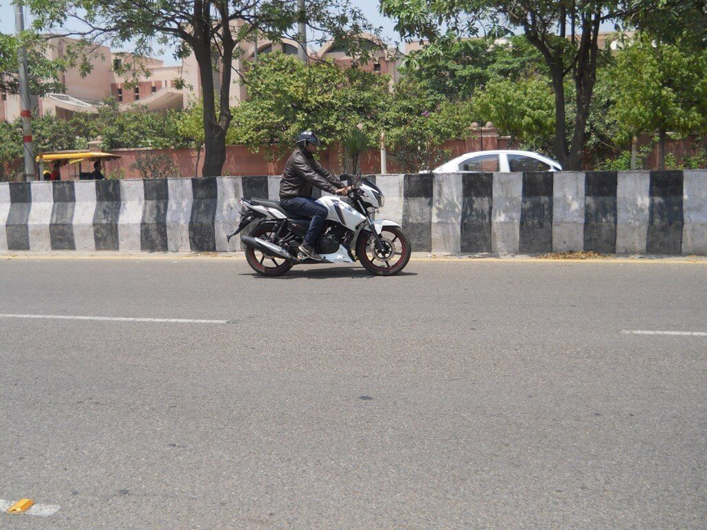 TVS Apache RTR 160 Review - Test ride