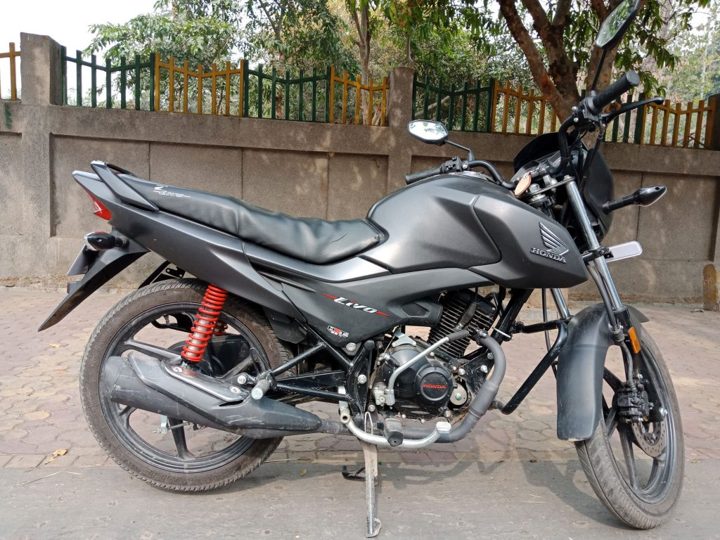 2017 HONDA LIVO Road Test Review