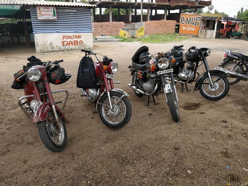 Introducing JAYCOH - The Jawa and Yezdi Club of Hyderabad