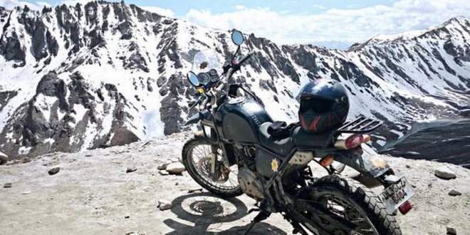 How Good is the Enfield Himalayan for the Snowy Mountains of India? – A Review